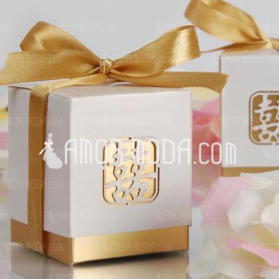Doppeltes Glück Cut-out Quader Geschenkboxen mit Bänder (Satz von 12) (050005865)
