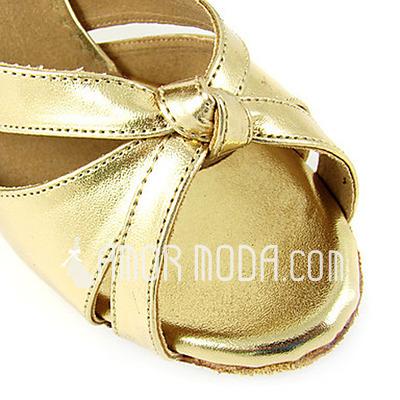 Vrouwen Patent Leather Hakken sandalen Latijn met Enkelriempje Dansschoenen (053013547)
