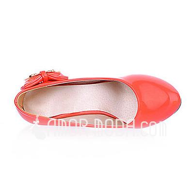 Frauen Lackleder Keil Absatz Absatzschuhe Geschlossene Zehe mit Des Bowknot Schuhe (085015192)