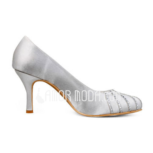 Vrouwen Satijn Stiletto Heel Closed Toe Pumps met Bergkristal (047011898)