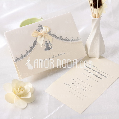 Bride & Groom Stile Fold Top Invitation Cards con Nastri (Set di 10) (114032370)