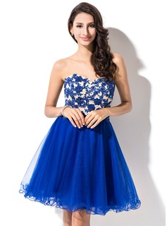 A-Line/Princess Sweetheart Short/Mini Tulle Homecoming Dress With Beading Appliques Lace Sequins (022053555)