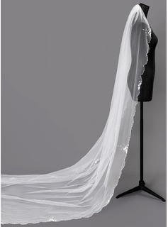 One-tier Beaded Edge Chapel Bridal Veils With Faux Pearl (006203742)