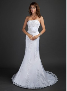 Trumpet/Mermaid Strapless Court Train Tulle Wedding Dress With Beading Appliques Lace Flower(s) Sequins (002015348)
