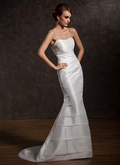 Trumpet/Mermaid Sweetheart Sweep Train Taffeta Wedding Dress With Ruffle (002012571)