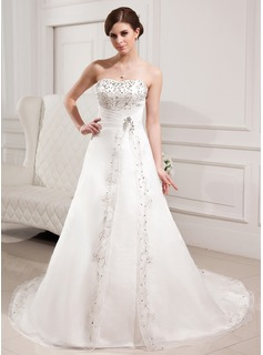 A-Line/Princess Sweetheart Chapel Train Organza Satin Wedding Dress With Embroidery Beading (002000305)
