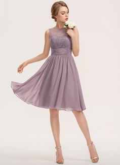 A-Line Scoop Neck Knee-Length Chiffon Lace Bridesmaid Dress (007190699)