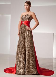 Forme Princesse Bustier en coeur Traîne watteau Charmeuse Robe de soirée avec Ceintures Emperler (017014414)