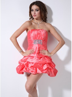 Sweet Sixteen Dresses A-Line/Princess Strapless Short/Mini Taffeta Homecoming Dress With Ruffle Beading (022003349)