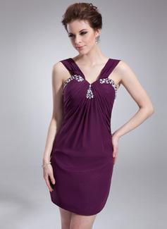 Jacka V-ringning Kort/Mini Chiffong Cocktailklänning med Rufsar Pärlbrodering (016008575)