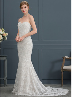 Trumpet/Mermaid Sweetheart Court Train Lace Wedding Dress (002171930)
