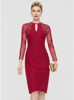 Sheath/Column Scoop Neck Knee-Length Chiffon Cocktail Dress With Sequins (016197101)