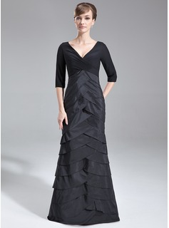 Trumpet/Mermaid V-neck Sweep Train Chiffon Taffeta Mother of the Bride Dress With Ruffle (008006893)