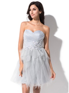 A-Line/Princess Sweetheart Short/Mini Tulle Homecoming Dress With Beading Appliques Lace Cascading Ruffles (022025385)