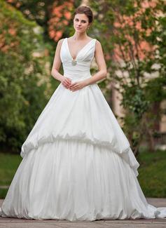 Forme Marquise Col V Traîne chappelle Taffeta Robe de mariée avec Plissé Broche en cristal (002001225)