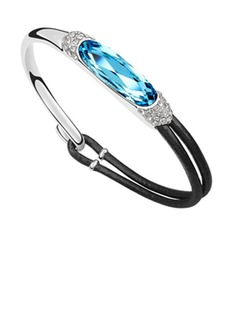 Fashion Alloy With Crystal Women's Bracelets (011037138)