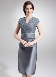 Etui-Linie V-Ausschnitt Knielang Taft Spitze Kleid für die Brautmutter mit Perlen verziert (008006293)
