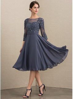 A-Line Scoop Neck Knee-Length Chiffon Lace Cocktail Dress With Beading Sequins (016192768)