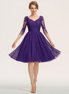 A-Line V-neck Knee-Length Chiffon Lace Bridesmaid Dress (007190685)