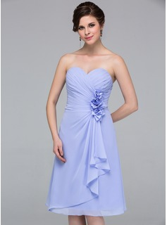 A-Line/Princess Sweetheart Knee-Length Chiffon Bridesmaid Dress With Flower(s) Cascading Ruffles (007037215)