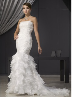 Trumpet/Mermaid Strapless Court Train Organza Wedding Dress With Lace Beading Cascading Ruffles (002014473)