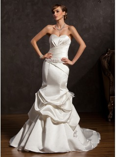 Trumpet/Mermaid Sweetheart Chapel Train Satin Wedding Dress With Ruffle Beading Bow(s) (002015175)