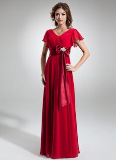 A-Linie/Princess-Linie V-Ausschnitt Bodenlang Chiffon Kleid für die Brautmutter mit Kristalle Blumen Brosche Schleife(n) Gestufte Rüschen (008006323)