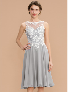 A-Line Scoop Neck Knee-Length Chiffon Lace Homecoming Dress (022204158)