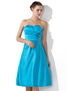 Cheap Bridesmaid Dresses Empire Sweetheart Knee-Length Satin Bridesmaid Dress With Ruffle Flower(s) (007000934)