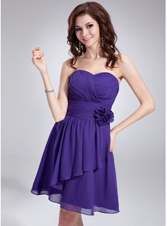 A-Line/Princess Sweetheart Knee-Length Chiffon Homecoming Dress With Ruffle Flower(s) (022018790)