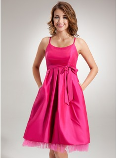 Empire Scoop Neck Knee-Length Taffeta Maternity Bridesmaid Dress With Ruffle Bow(s) (045022458)