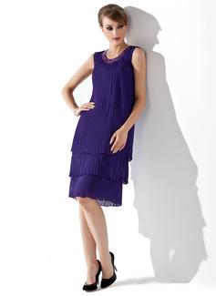 A-Linie/Princess-Linie U-Ausschnitt Knielang Chiffon Kleid für die Brautmutter mit Perlstickerei Pailletten Gefaltet (008005994)
