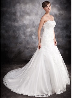 Trumpet/Mermaid Sweetheart Chapel Train Satin Organza Wedding Dress With Beading Appliques Lace (002016902)