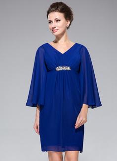Empire-Linie V-Ausschnitt Kurz/Mini Chiffon Kleid für die Brautmutter mit Rüschen Perlen verziert (008042324)