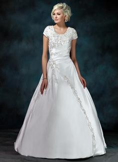 Forme Marquise Col rond Traîne moyenne Satiné Robe de mariée avec Plissé Emperler Sequins (002011976)
