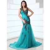 Trumpet/Mermaid V-neck Court Train Tulle Prom Dress With Ruffle Appliques (018017355)