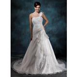 A-linjeformat One-Shoulder Court släp Satäng Organzapåse Bröllopsklänning med Pärlbrodering Applikationer Spetsar Blomma (or) Svallande Krås (002004545)