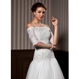 Half-Sleeve Lace Hochzeit Bolero (013020080)