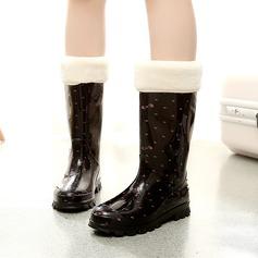 Frauen PVC Niederiger Absatz Stiefel Stiefel-Wadenlang Regenstiefel mit Andere Schuhe (088127053)