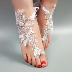 Женщины Кружева Открытый мыс Сандалии Beach Wedding Shoes с Вышитые кружева Цветок Аппликация (047123799)