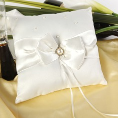 Ring Pillow in Satin With Bow/Faux Pearl (103018253)