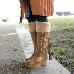 Frauen Veloursleder Keil Absatz Keile Stiefel Kniehocher Stiefel Schneestiefel mit Zuschnüren Quaste Schuhe (088140220)