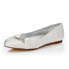 Frauen Satin Flascher Absatz Geschlossene Zehe Färbbare Schuhe mit Strass (047088647)