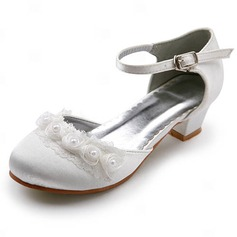 Women's Satin Low Heel Closed Toe Flats With Buckle Stitching Lace (047011900)