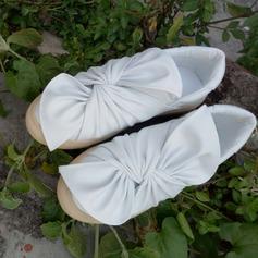 De mujer PU Tacón bajo Planos Cerrados con Bowknot zapatos (086141253)