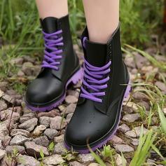Frauen PVC Niederiger Absatz Stiefel Stiefel-Wadenlang Regenstiefel mit Zuschnüren Schuhe (088131035)