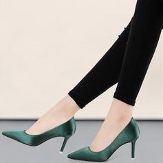 Frauen Satin Stöckel Absatz Absatzschuhe Geschlossene Zehe Schuhe (085111847)
