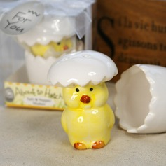 Hatching Chicken Ceramic Salt & Pepper Shakers With Ribbons/Tag (051024167)