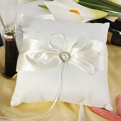 Eternity Ring Pillow in Satin With Faux Pearl (103018242)