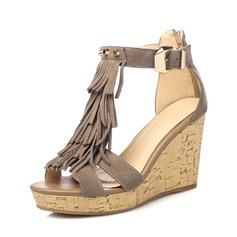 Naisten Aitoa nahkaa Wedge heel Sandaalit jossa Tupsu kengät (087087388)